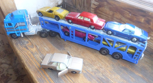 Transporter with classic Matchbox 2